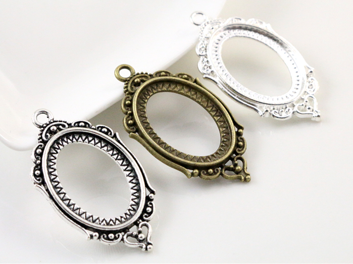 10pcs 18x25mm Inner Size Antique Silver Bronze and Silver Flowers Style Cameo Cabochon Base Setting Pendant necklace findings concise and cute bronze star pendant necklace