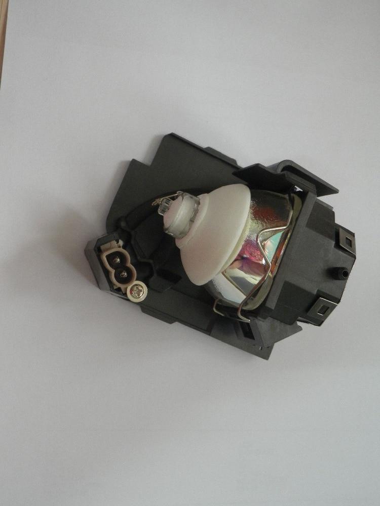 DT01141 Lamp for HITACHI CP-X2520 CP X2520 CP-X3020 X3020 ED-X50 X50 ED-X52 X52 CP-X8 CP-X7 X7 CP-X9 CP-WX8 Projector Bulb Lamp dt00751 projector lamp compatible bare bulb repalcement for hitachi cp x255 ed x8250 ed x8255cp s240 s245 cp hx2075 cp x250