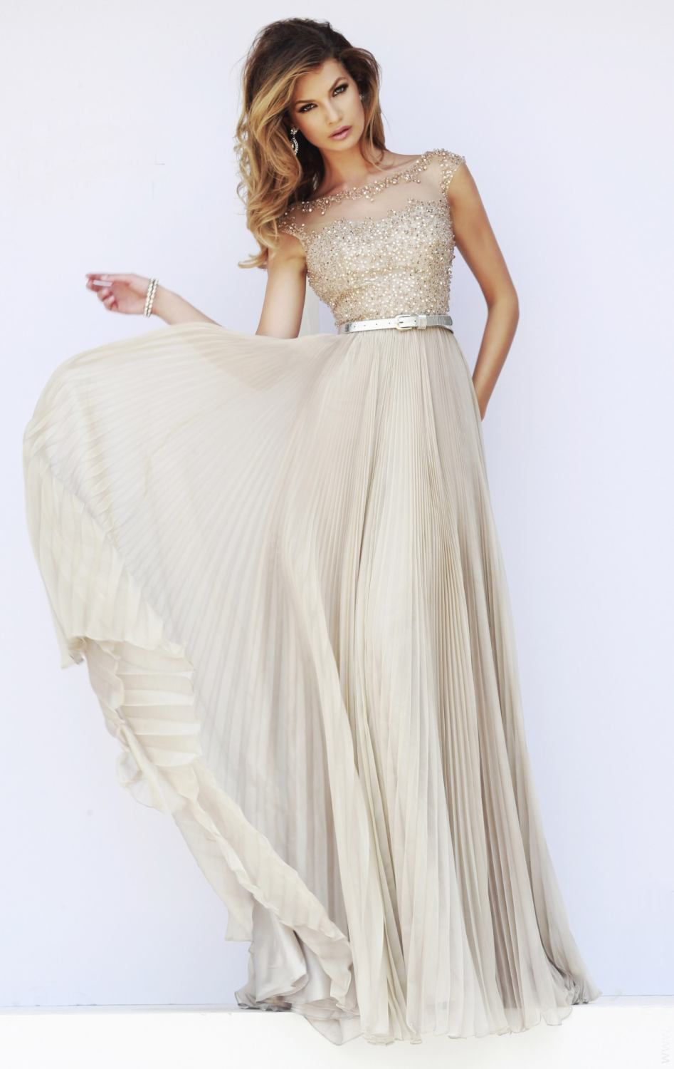Elegant Top Cap Sleeve With V Back Sexy A Line Lon...