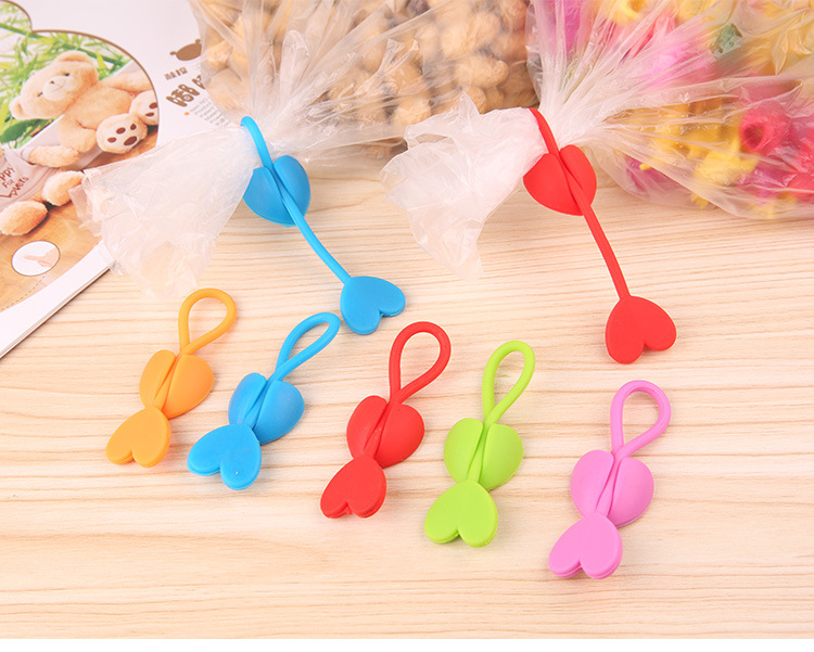 50PCS Cute Love Heart Earphone Headphone Winder Cable Cord Wrap Organizer Holder for iPhone 4 5 5s 6/6s For Food bags