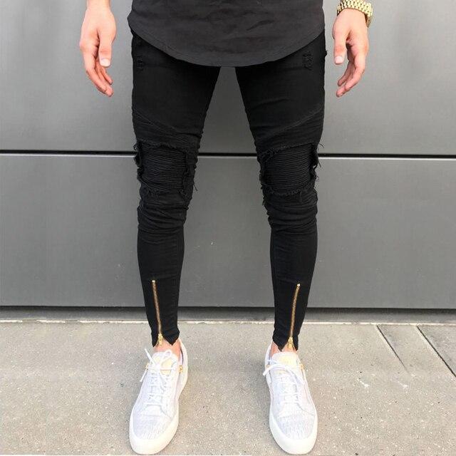 جديد لعام 2020 بنطال جينز مضلع مجوف للرجال نمط سكيني مزود بسحّاب باللونين الأبيض والأسود مع رقعات قماش بكُسر بنطال جينز هيب هوب تلبيس ضيق