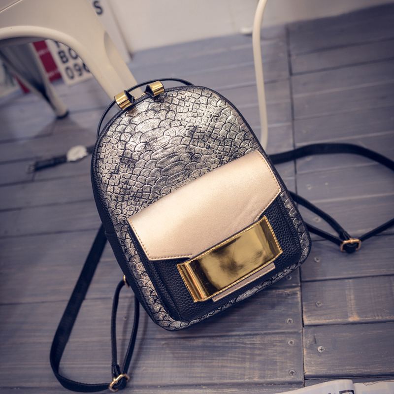 New Fashion Women Japanese Korean Style Hologram Laser PU Leather Daily Backpack Serpentine Casual Backpack Mochila