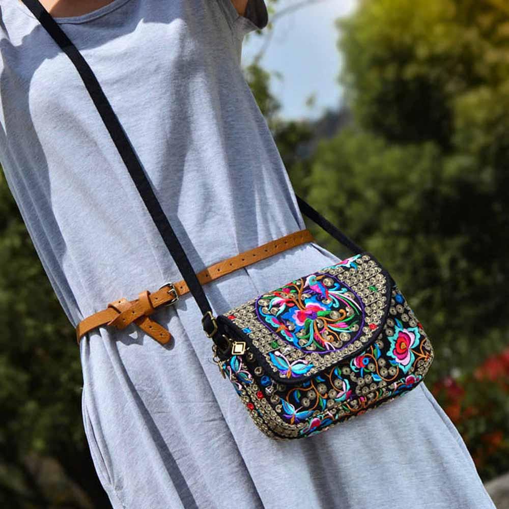New National Ethnic Messenger bag fashion ladies embroidery cloth canvas embroidered shoulder bag small handbag