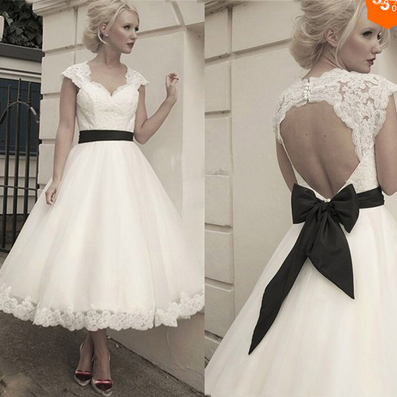 Keyhole Wedding Gowns: Romantic Fashion Keyhole Back Organza Lace Appliques Ball