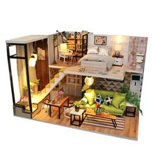 Montera DIY Doll House Toy Trä Miniatura Doll House Miniatyr Dollhouse Leksaker Med Möbler LED Lampor Födelsedagspresent m030