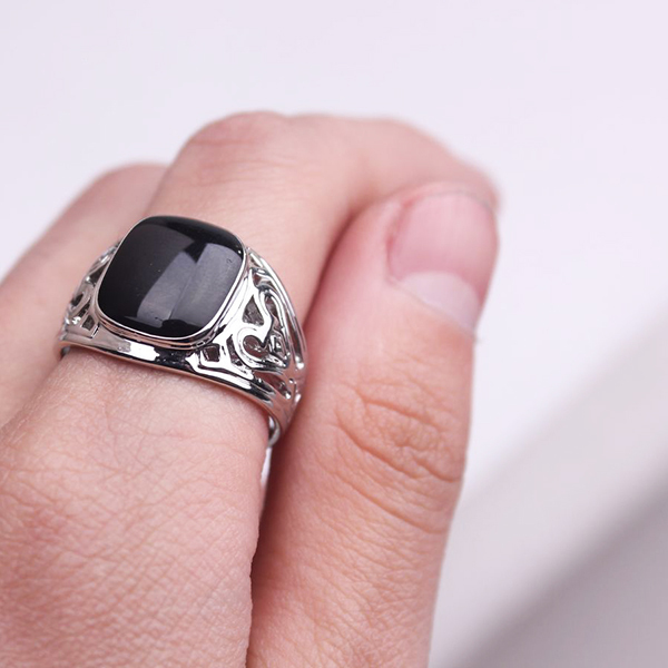 Min order is $15 Stunning turkish mens black onyx stone Ring 18K