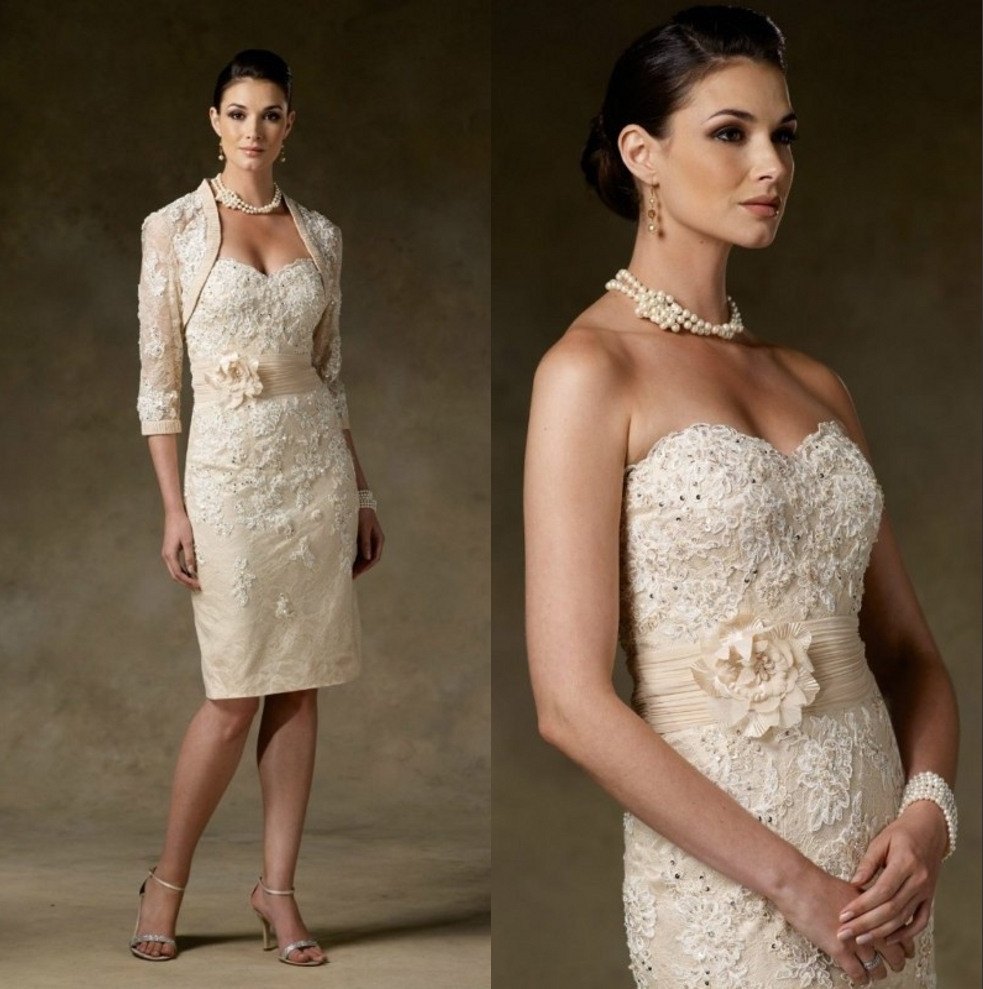 Champagne Lace Two Pieces Short Mother of the Bride Dresses With Jackets Sweetheart Flowers Mother s