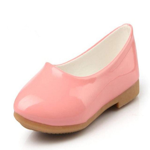 2016 new girls shoes female princess leather shoes Korean version of the solid color fashion Peas shoes free shipping
