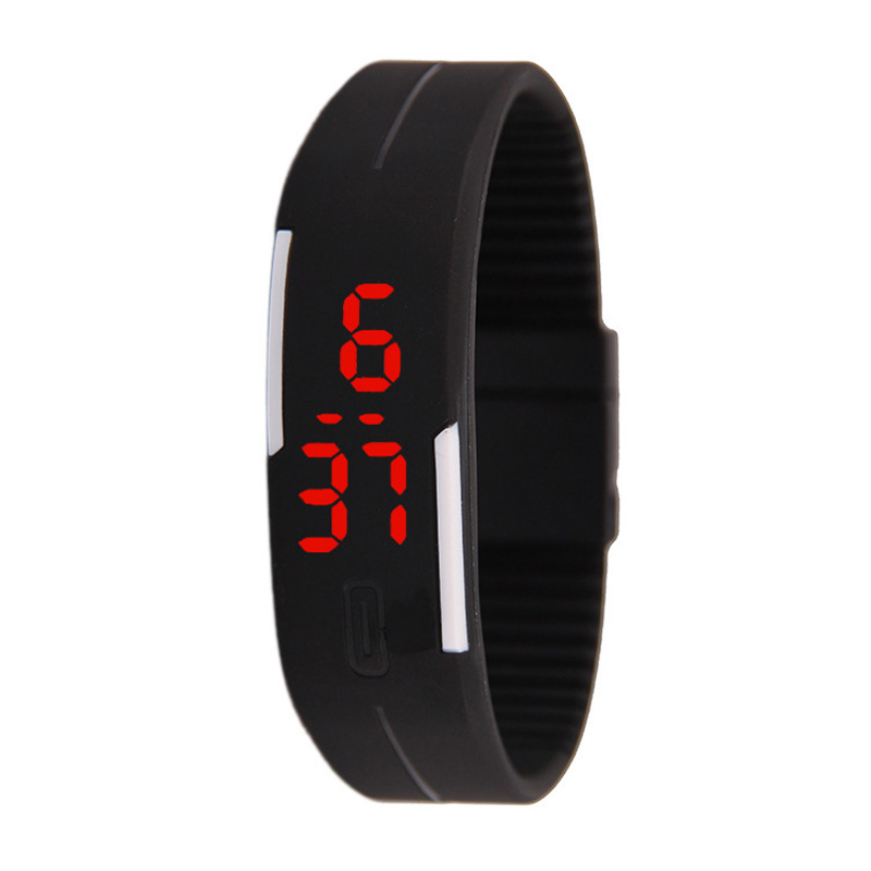 2018 new fashion LED sports running watch rubber digital watch sports watch ladies men's fitness watch relogio feminino