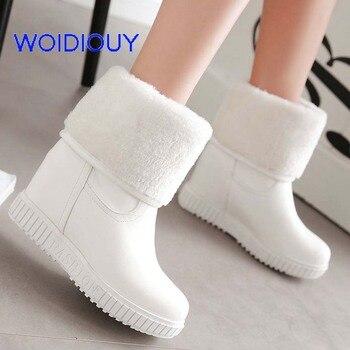 8cb8ca95a42 Cuero invierno Botas mujeres Flat zapatos impermeables femeninos nieve Botas  Mujer Botas femeninas de invierno negro blanco más tamaño