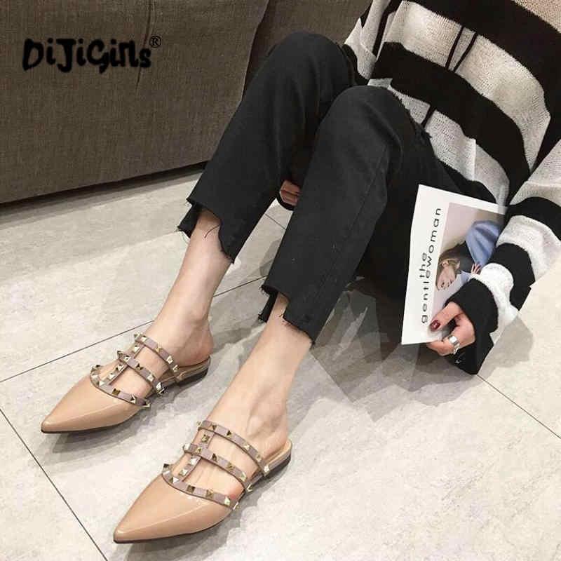 Frauen Flache Hausschuhe Slip Auf Maultiere Marke Designer Mode Luxus Niet T-strap Rutschen Slip Auf Loafers Maultiere Drop verschiffen