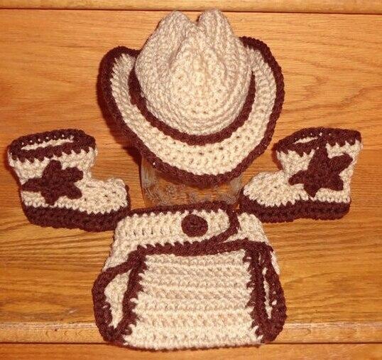 Personalizar bebé niño niña Cowboy vaquera recién nacido Fedora Crochet  Beanie pañales botas de cubierta 3 60ec079963e