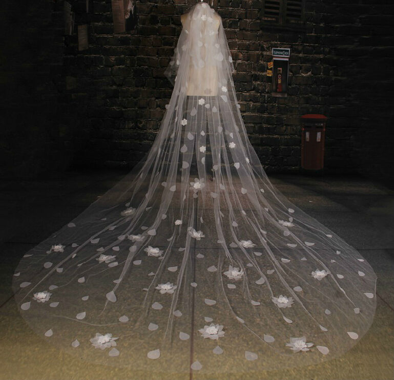 Por Very Long Bridal Veil 2017 New Net Lique Handmade Flowers Beading Royal Cathedral Wedding In Veils From Weddings Events On