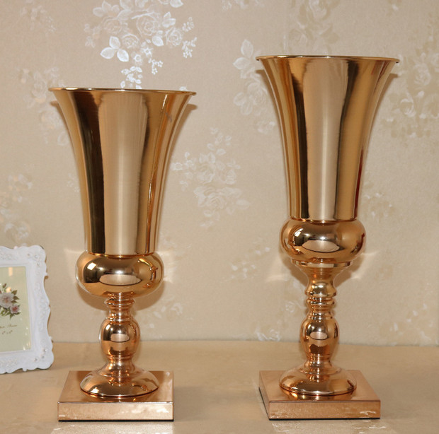 Wedding Flower Vases Wholesale: Wholesale Beautiful Tall Metal Flower Vase Gold Paited