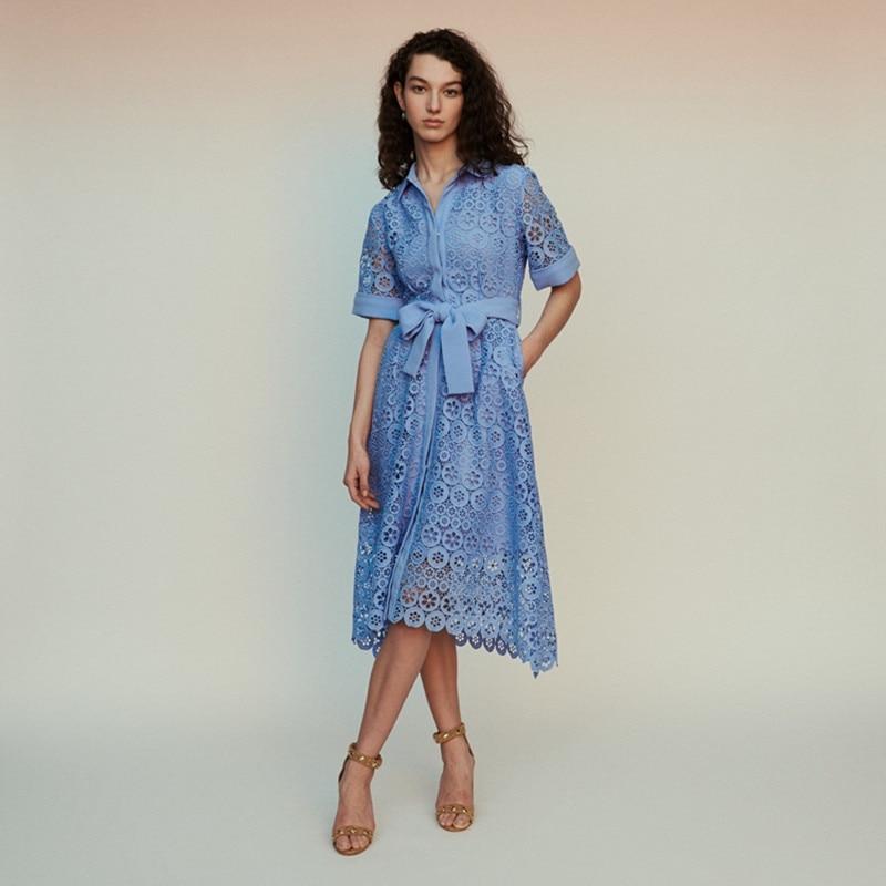 Kadın Giyim'ten Elbiseler'de 2019 Yeni Kadın oyma dantel uzun elbise Kemer Ile Beyaz ve Mavi Renk'da  Grup 1