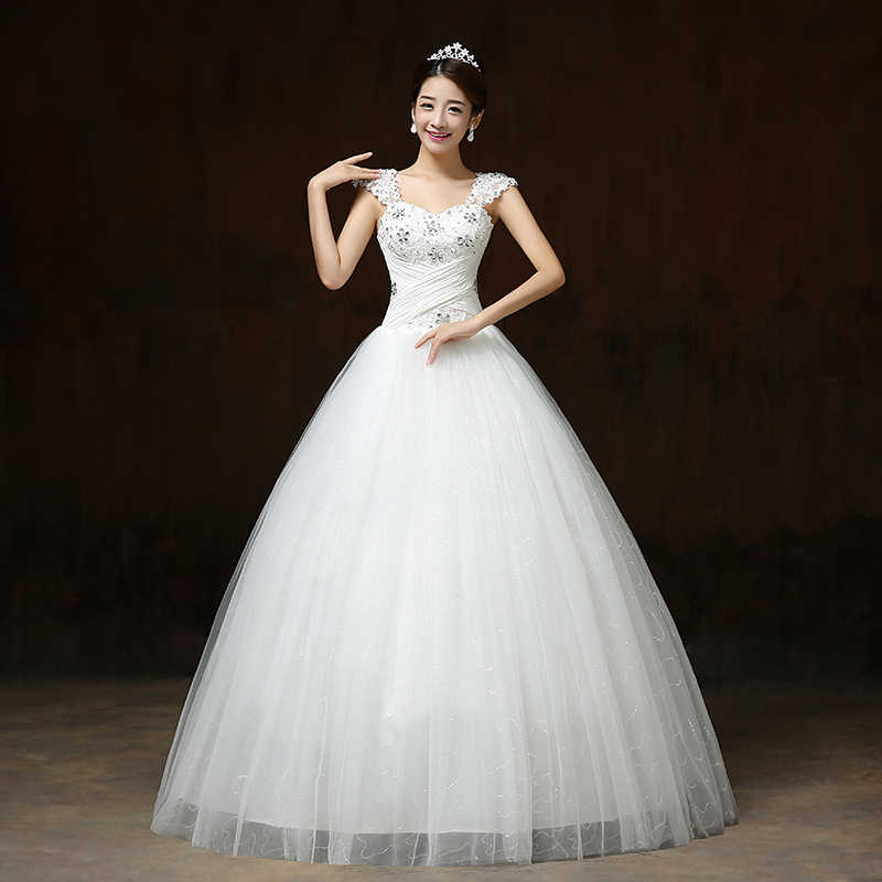 ... LYG-H63 Manufacturers selling new Korean Halter Bride s wedding dress  Lace Up plus size ... 8f09fd62cc84