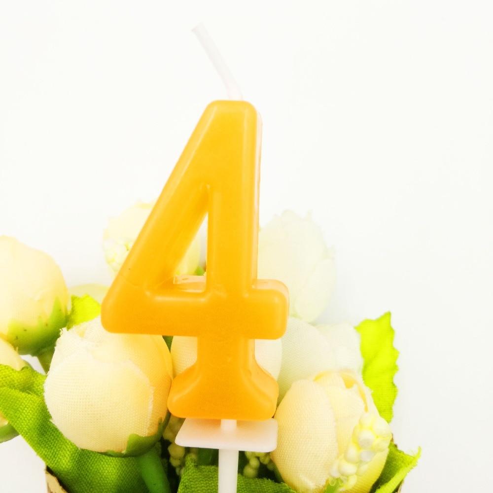 Vier Gelbe Kerze Kinder Baby Geburtstag Jahrestag Kuchen Zahlen