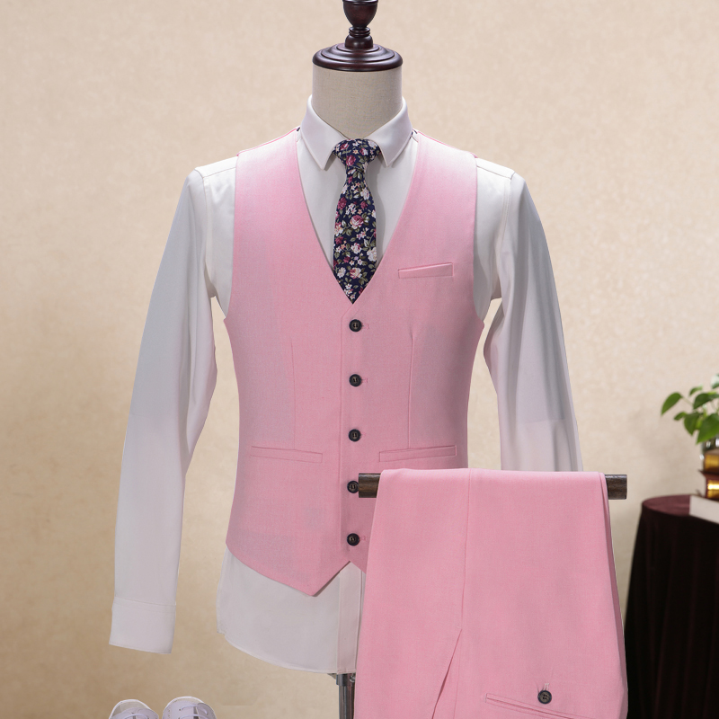 Aliexpress.com  Comprar Aimenwant Sastre Trajes 3 unidades Inglaterra Gent  Cena Baile traje del padrino de boda traje chaqueta de color rosa +  Pantalones + ... 9ad4db687c8