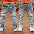 2016 Del Otoño Del Resorte nuevos niños niños jeans Rushed moda Niños jean bebé Pantalones vaqueros de color Claro
