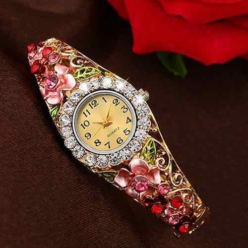 2018 ยอดนิยมแบรนด์ผู้หญิงหรูหราสวยงามดอกไม้ Band Hollow Out กำไลข้อมือคริสตัลควอตซ์สร้อยข้อมือนาฬิกาเครื่องประดับ