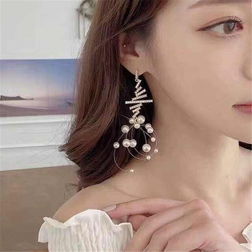 Dominated The new long pearl tassel earrings individuality creative web celebrity crystal Women Drop earrings Jewelry
