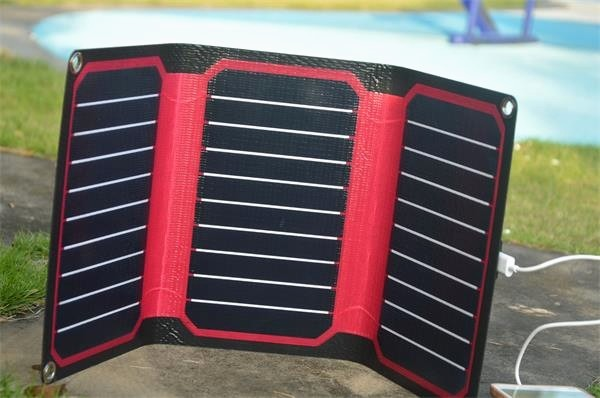 Xinpuguang 15W 5V Red color ETFE high efficiency portable solar charger 12V solar panel cell flexible USB interface waterproof