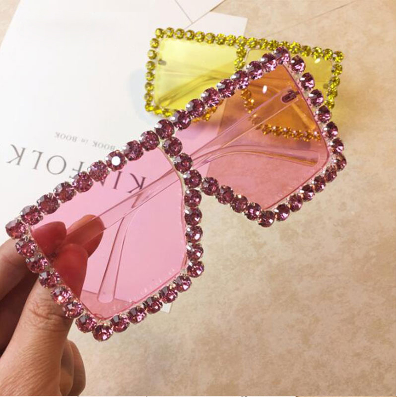 2018 Crystal Diamond Oversized Sunglasses For Women Luxury Fashion Candy Shades UV400 Brand Glasses Transparent Frame 0320