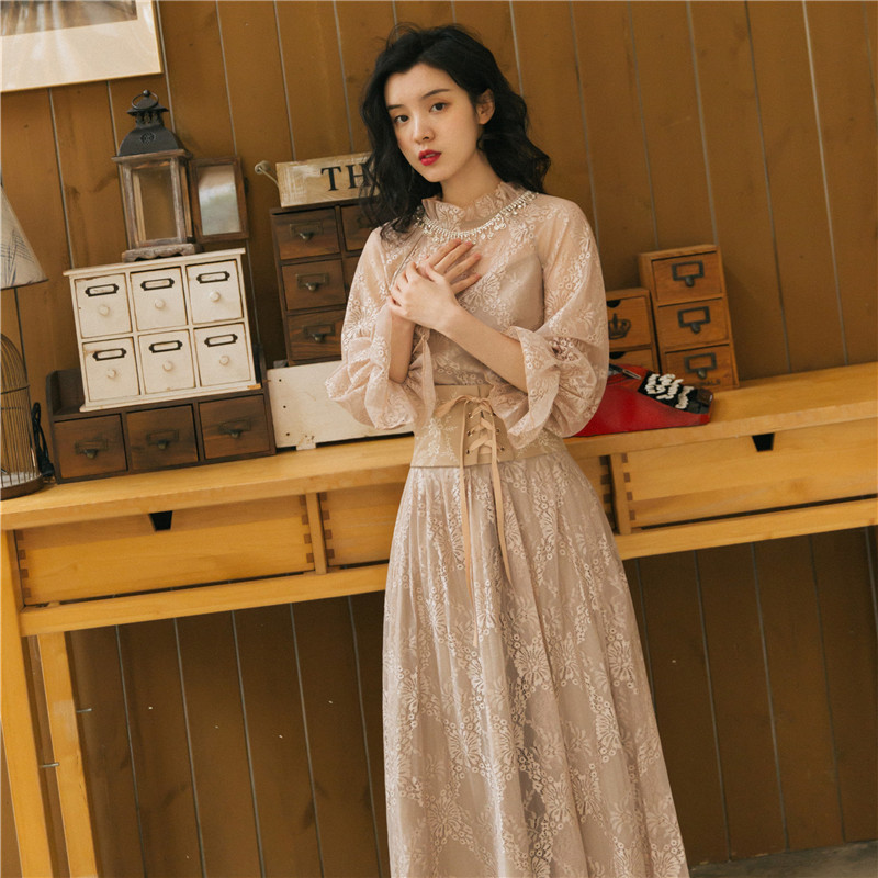 2019 New Fashion Women's Dresses Spring Court Palace Retro French Dress Flare Sleeve Annual Meeting Banquet
