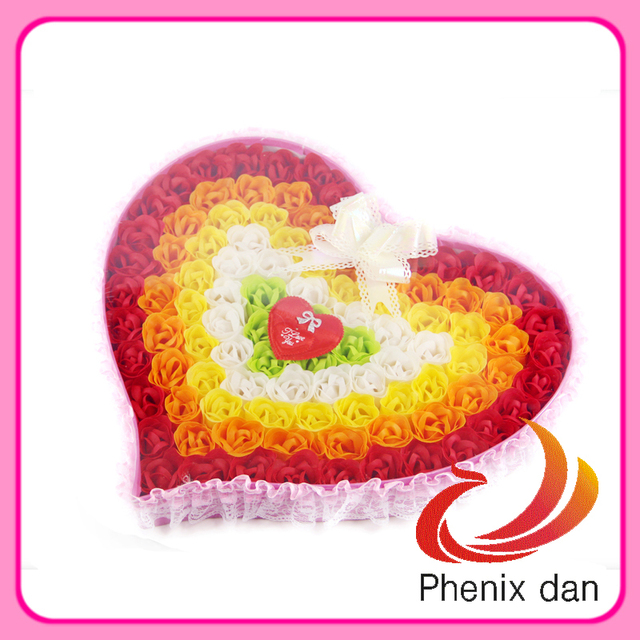 Free Shipping 2012 Hot-selling Valentine Gift 100pcs washing  soap Rose Flower for Wedding favors with Lace Pack