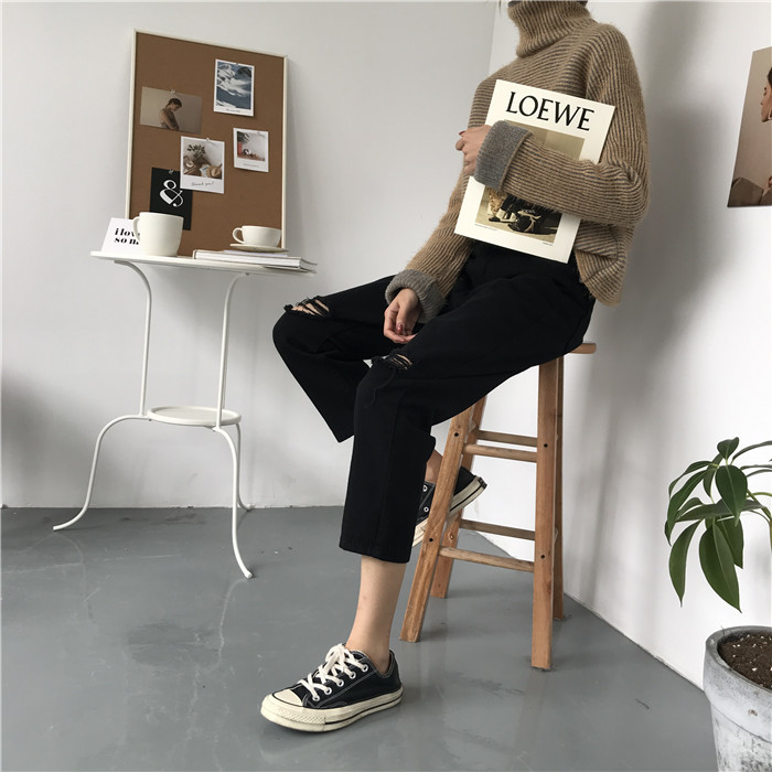 18 Summer Style Black White Hole Ripped Jeans Women Straight Denim High Waist Pants Capris Female Casual Loose Jeans 20