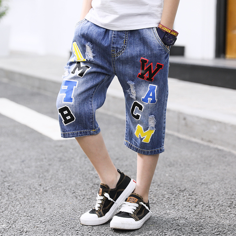 Ripped Boys Pants 2018 Summer Children's Clothing Loose Straight Calf-length Letter Pant Elastic Waist Kids Jeans For 4-13 Years fkz hot jeans women ankle length straight mid waist jeans fashion lady ripped loose fashion embroidery designer trousers gnjp018