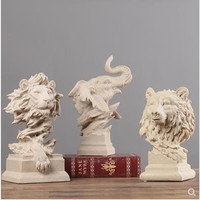 Nordic creative animal ornaments, wolves, lions, sheep, cats, elephants, hawks, pigs, statues, decorative crafts