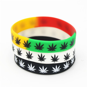 1PC leaves Jamaica weed Rasta Reggae Silicone Bracelet&Bangles Black White Color Silicone wristband Fashion jewelry Gifts SH125(China)