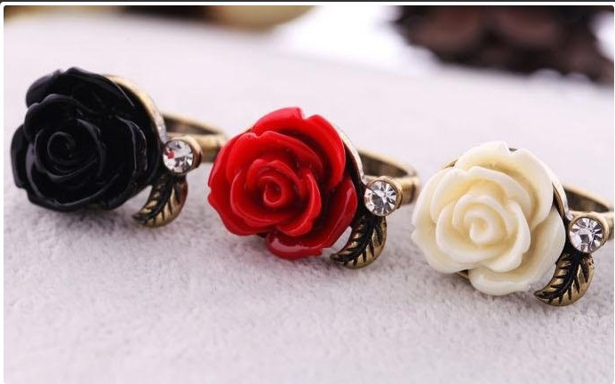ring rings vintage rose black sunflower locket red style