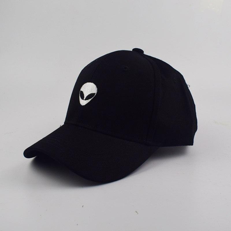 black snapback hat yo2