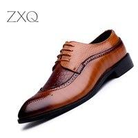 ZXQ New Arrival British Style Men Classic Business Formal Shoes Pointed Toe Retro Bullock Design Men