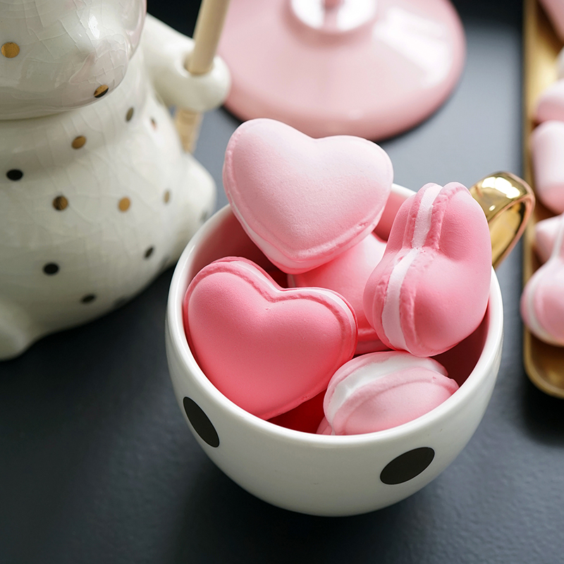 Simulated Heart Macaron Cake Simulation Macaron Ornaments Fake Snack Photography Props Love Macaron Toy  Valentine's Day Present