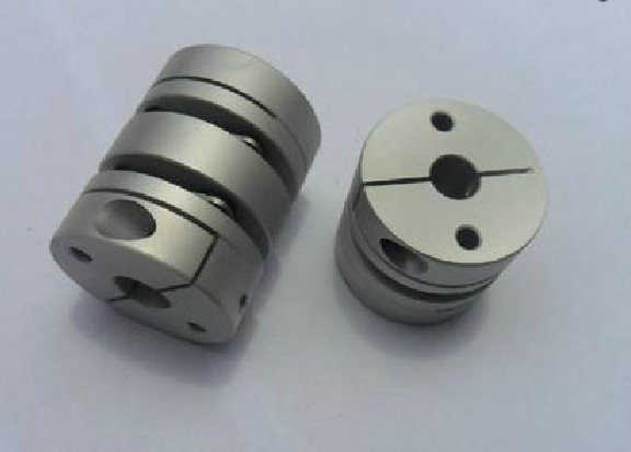 New Flexible Aluminum alloys double diaphragm coupling for servo and stepper motor coupling D=56 L=64 ,D1 and D2 are 12 to 25 MM new flexible aluminum alloys double diaphragm coupling for servo and stepper motor couplings d 44 l 50 d1 and d2 are 8 to 20 mm