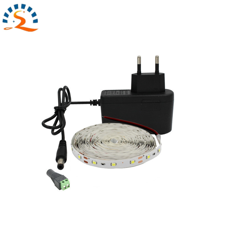 5m LED Strip 1m 2m 5m / pakke SMD2835 Set Ultra Bright Light DC 12V Varm Hvit Blå Rød Grønn LED Bånd Fleksibel Lampe Lampe