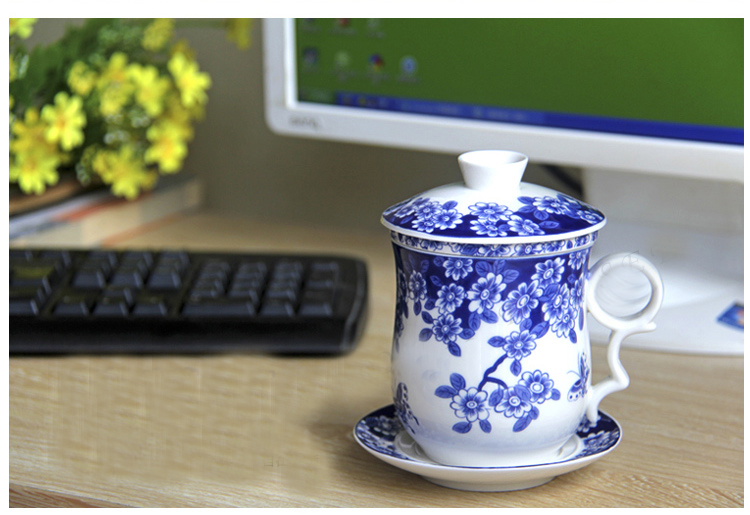 Бесплатна достава Сет од четири чаше, са чашама филтера великог капацитета, добри поклони за лични уред