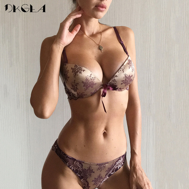 c9d98568dcbb Luxury Printing Underwear Set Women Bow Fashion Red Push Up Bra Panties Sets  Sexy Lingerie Embroidery Lace Bra Set Cotton Thick