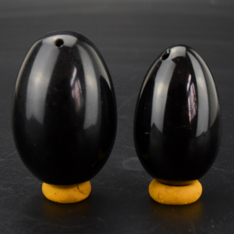 2 PCS/set Drilled Natural Black Obsidian Yoni Egg for Kegel Exercise Kegel Vaginal Tightening Ben Wa jade egg 45x30 / 40x25mm himabm 1 pcs natural jade egg for kegel exercise pelvic floor muscles vaginal exercise yoni egg ben wa ball