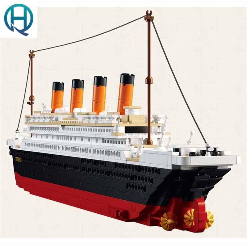 Titanic Ship Model Building Blocks Compatible with Legoelieds Figure Playmobil Educational Toys for Children with Box B0577 brand kr little red bird and green pig building blocks toys with fun for children kids birthday gift legoelieds lp19003