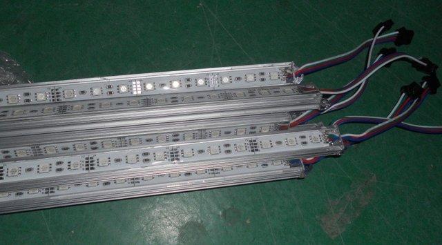 "RGB led rigid bar,5050 SMD,1.0m long,60eds,waterproof by silicon coating;""U"" type alu housing"