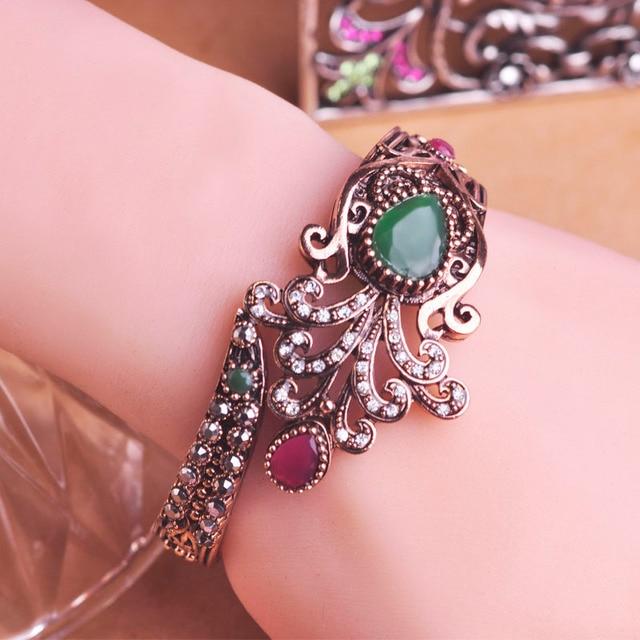Large Size Vintage Flower Bangle Green Water Drop Resin Crystal Crown Shape Turkish Bangles Girls Women Party Brand Hand Bijoux