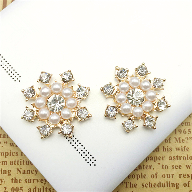 10pc Lot 24mm Golden Silver Pearl Rhinestone Buttons Flowers DIY Hair Bow  Accessories Cellphone Shell Wedding Bouquet Material 5f5d5a662082