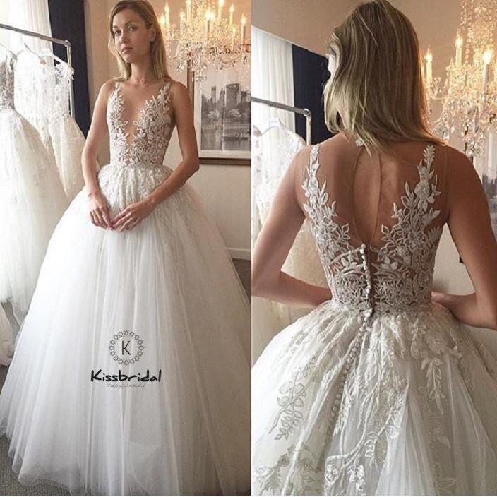 Gorgeous New Ball Gown Wedding Dress 2019 Sheer Neck Sleeveless Chapel Train Appliques Tulle Bride Gowns Vestido de noiva longo