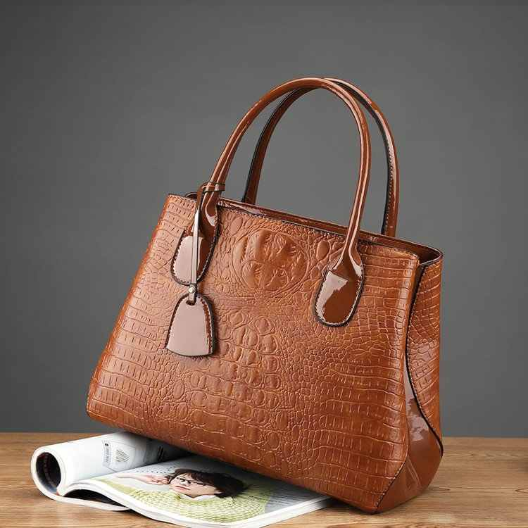c09b7d79c19 Detail Feedback Questions about Woman Fashion Handbag alligator ...