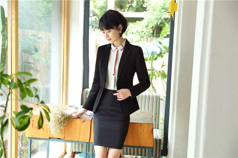 D'affaires avec bureau costumes black de pour femmes travail