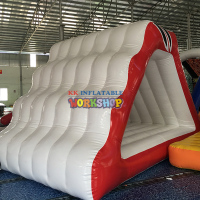 Water inflatable floating toy Outdoor water flushing inflatable floating park